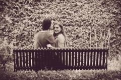 kissing-bench-1
